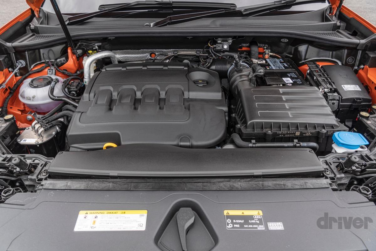 アウディQ3 ディーゼル+4WD